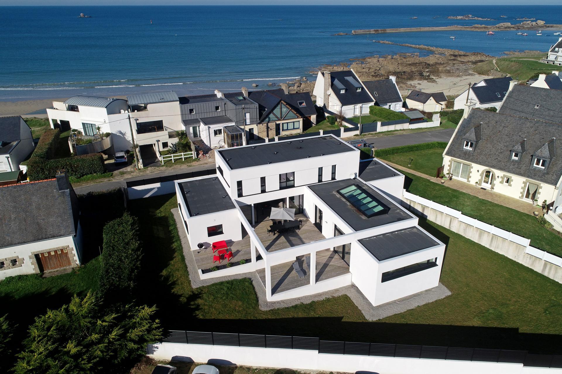 Villa située à 30 mètres de la plage